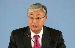 Kazakistan Yönetimi Yeniden Şekilleniyor