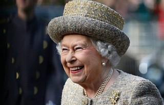 Kraliçe Elizabeth, ilk sosyal medya paylaşımını...