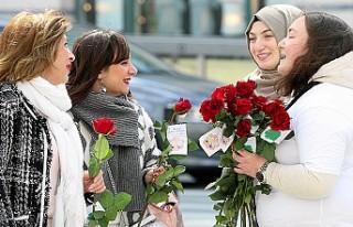Avrupa'da 'Buyurun ben Müslümanım'...