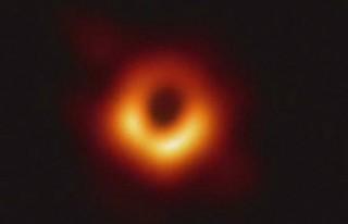 Dev kara deliğin ilk kez fotoğrafı çekildi