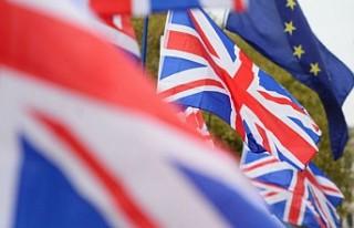 İngiliz Parlamentosunda hükümete 'Brexit darbesi'...