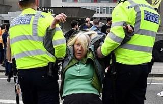 Londra'daki çevreci işgal eyleminde gözaltı...