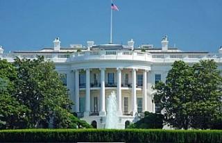Beyaz Saray yakınlarında kendini ateşe veren kişi...