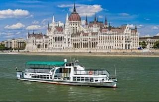 Budapeşte'de Tuna Nehri'ndeki kazada 7...