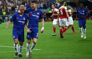 Chelsea, 2013 yılının ardından kupayı 2. kez...
