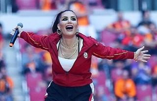 Galatasaray'ın kutlamalarına İrem Derici damgası!