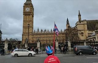 İngilizlerin çoğunluğu ülkenin krizde olduğunu...