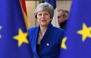 İngiltere Başbakanı May, Brexit için yeni bir...