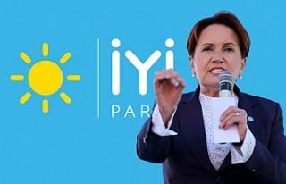 İYİ Parti'nin tüzük kurultayı kapalı oturumla...