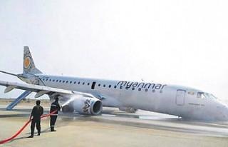 Pilot, ön iniş takımları açılmayan uçağı...