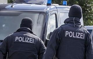 Almanya'da aşırı sağcı örgüte silah sağlayan...