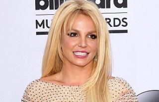 Britney Spears şişmanlığının faturasını onlara...