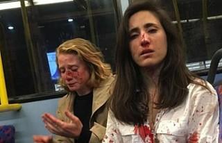 Londra'da lezbiyen çift otobüste dövüldü!