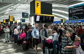 Havalimanlarında sıvı maddeler ve bilgisayarlar...
