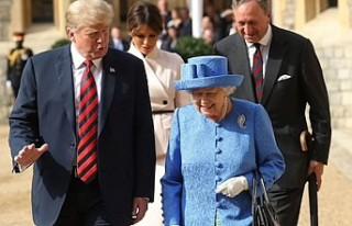 Trump Londra'da protestocularını değil destekçilerini...