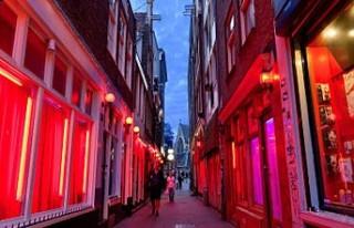 Amsterdam'ın ünlü sokağın kapatılması gündemde