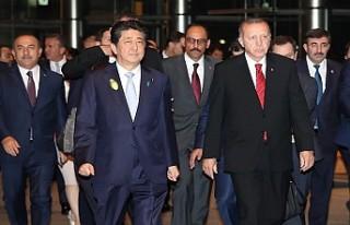 Cumhurbaşkanı Erdoğan Japonya Başbakanı Abe ile...