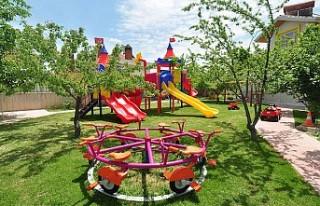 Hollanda'da ilkokul öğrencilerine oyun parkı...