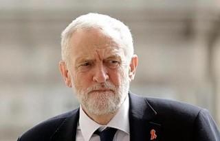 İngiltere'de İşçi Partisi lideri Corbyn'den...