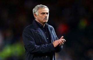 Mourinho, 100 milyon euroluk teklifi reddetti!