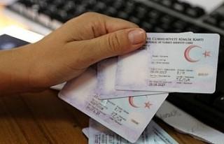 Yabancı yatırımcılardan 981'i Türk vatandaşı...