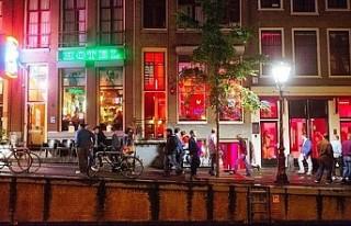 Amsterdam uyuşturucu ile mücadeleyi 'kaybetti'