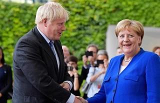 Boris Johnson başbakan olarak ilk ziyaretini o ülkeye...