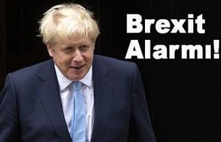 Boris Johnson, başbakanlık çalışanlarının izinlerini...