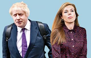 Boris Johnson ve sevgilisi gelenekleri bozdu