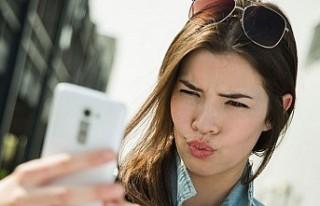 Cep telefonları bilinenden üç kat fazla radyasyon...