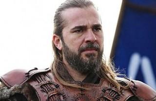 Engin Altan Düzyatan'ın 160 bin liralık sakalı...