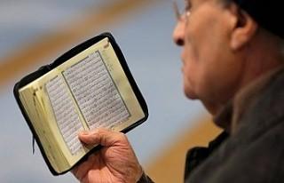 İngiltere'de aşırı sağ partiden 'Kur'an-ı...
