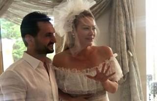 Şarkıcı Aylin Coşkun'a düğününde kilolarca...