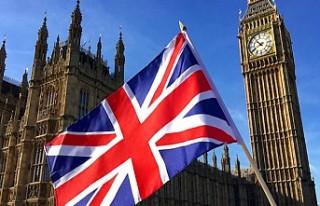 İngiltere'de muhalefetten erken seçim teklifine...