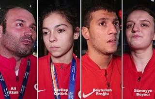 Paralimpik sporcular Londra'da madalyaya kulaç...
