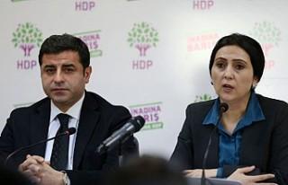 Selahattin Demirtaş ve Figen Yüksekdağ'a tutuklama