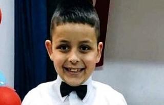 8 yaşındaki çocuk kalp krizi geçirip hayatını...