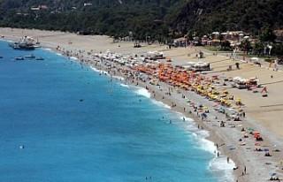 Antalya turizmde tüm yılların rekorunu kırdı