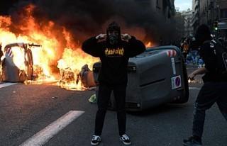 Barcelona'yı Bağımsızlık Ateşi Yakıyor