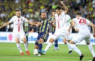 Fenerbahçe'ye Kadıköy'de Antalya şoku