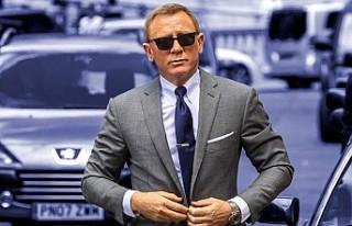 James Bond filminin setinde yapılan unutkanlık İngiltere'de...