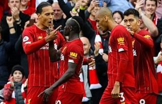 Liverpool, ligde 8'de 8 yaptı