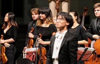 Apollo Philharmonic Orchestra'dan unutulmayacak...