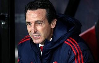 Arsenal'de teknik direktör Unai Emery'nin...