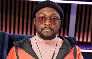 Black Eyed Peas grubu kurucusundan uçuş görevlisine...