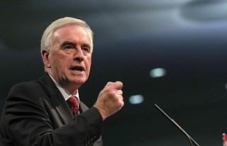 İşçi Partisi'nden NHS'e yatırım vaadi