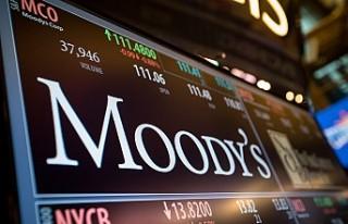 Moody's İngiltere'nin not görünümünü...