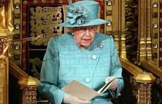 Kraliçe, yeni hükümetin önceliğini parlamento...