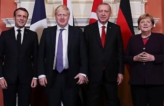 Liderler terörün her türlüsüne karşı mücadelede...