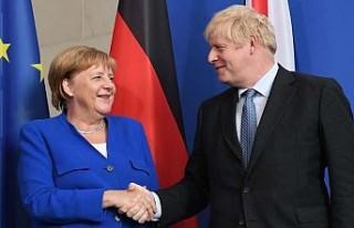Merkel: Brexit'ten sonra müzakereler yoğun...